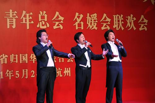 长江之歌二声部合唱-歌声与微笑二声部简谱,长江之歌