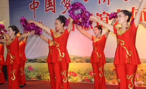 """——记丽岙侨联举办的""""中国梦""""61侨乡情和谐快乐文体活动"""