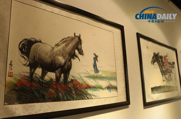 初中时,姚迪雄获得一本美国画家著的《动物画技法》